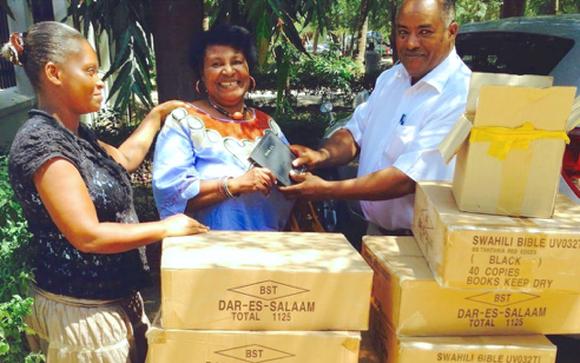 Online Missionary Emmy picks up hundreds of Bibles for Joss in Dar Es Salaam